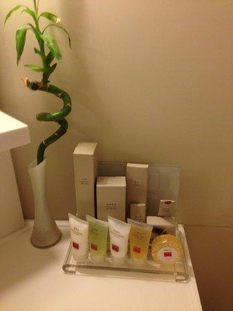 Hotel Jen Hong Kong: tolieteries