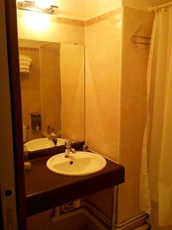Hotel Esprit d'Azur: salle de bain
