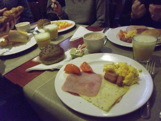 Hampshire Hotel - Beethoven Amsterdam: Desayuno.