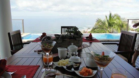 classicalView: Frühstück mit Ausblick