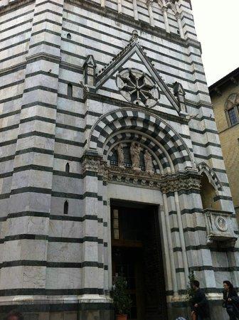 Baptistery : Battistero di Pistoia