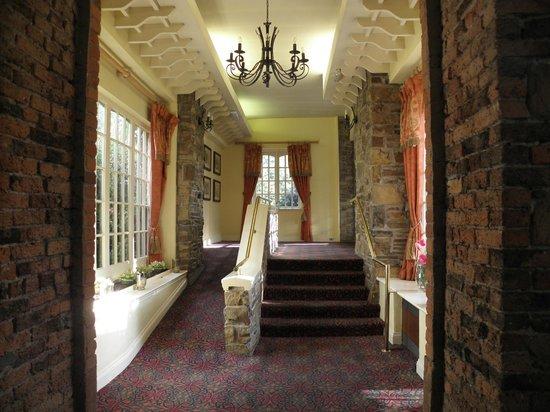 Blarney Woollen Mills Hotel: Pour accéder à la réception