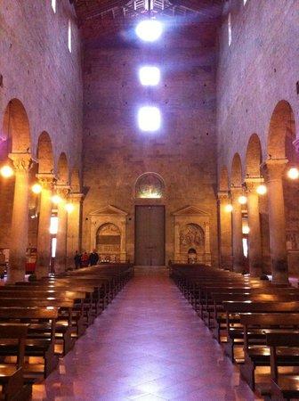 Duomo (Cattedrale di San Zeno): Duomo di Pistoia, interno
