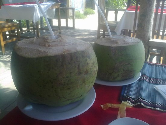 Angel Seafood Restaurant : coconuts
