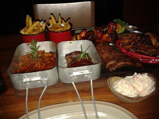 Hickory's Smokehouse: Sharing platter!