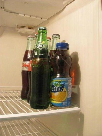 Greenbrier Hotel : Beverages in the fridge.
