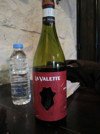 Fontanella Tea Garden: Their own Valletta red wine. Mild and you will love it