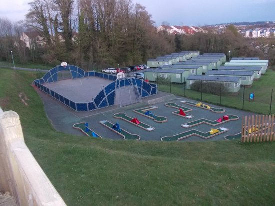Parkdean - Torquay Holiday Park: crazy golf and football court