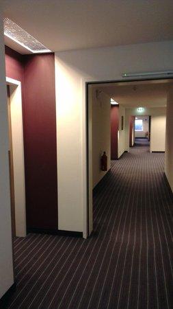 Holiday Inn Express Hamburg City Centre: Hotell och övriga anläggningar