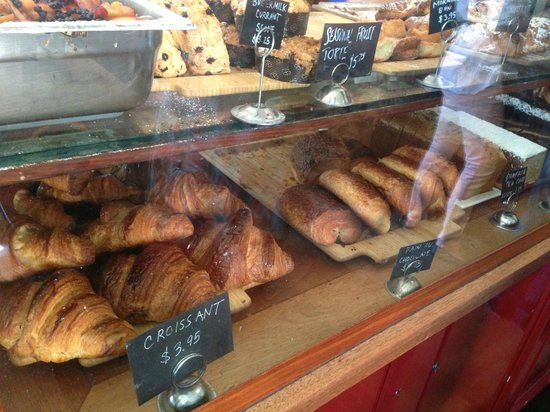 Tartine Bakery: I'll take one of everything!