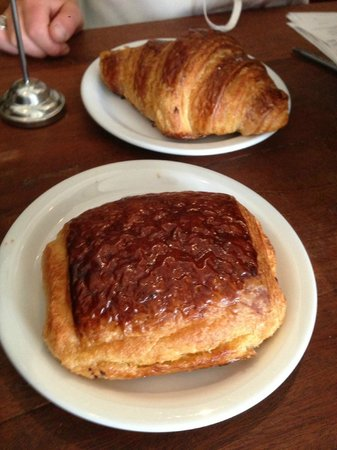 Tartine Bakery: Don't pass up the croissants!