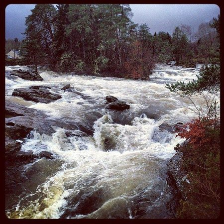 Stravaigin Scotland: Falls of Dochart