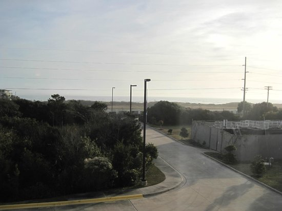 Hampton Inn & Suites Atlantic Beach: Ocean view from room