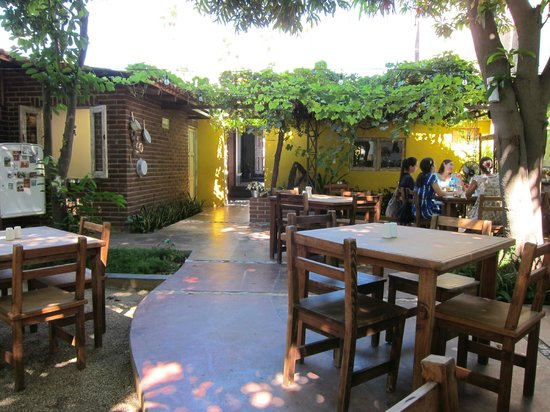 Lolita Cafe : Lolita's garden dining