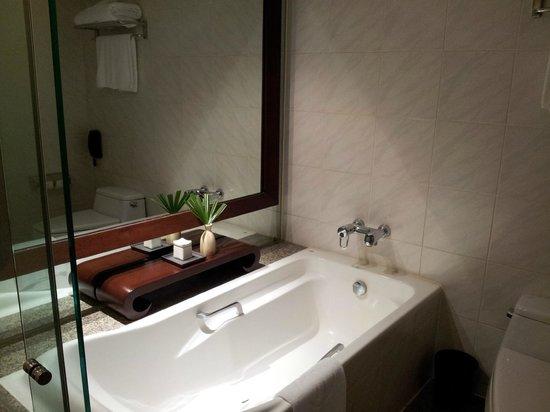 Pullman Bangkok Hotel G: Lavabo