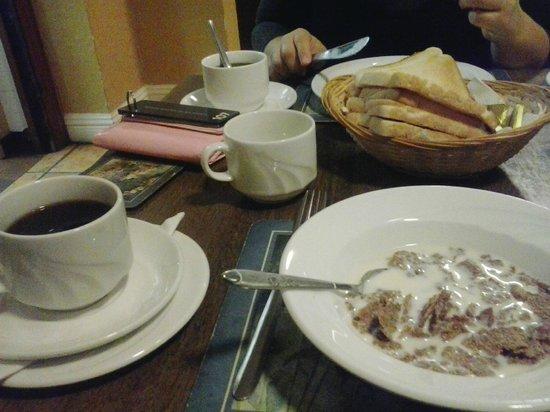 Avondale House : colazione