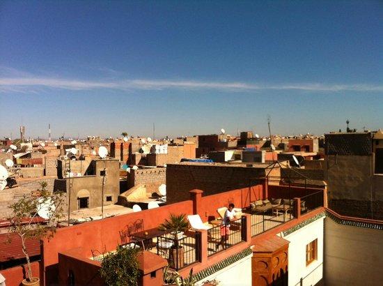 Riad Dar Nimbus: vue depuis la terrasse