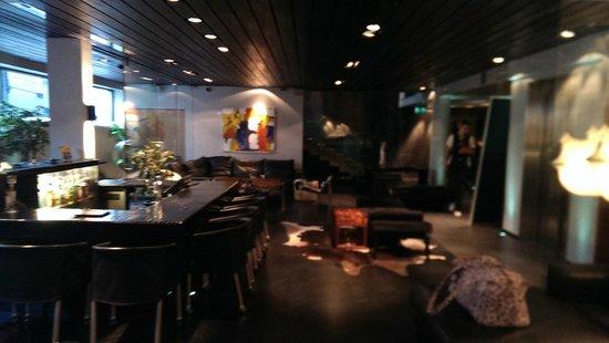 CenterHotel Thingholt: Bar Area