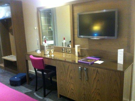 Radstone Hotel: room