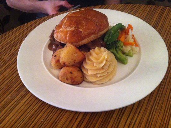 Radstone Hotel: yummy steak pie