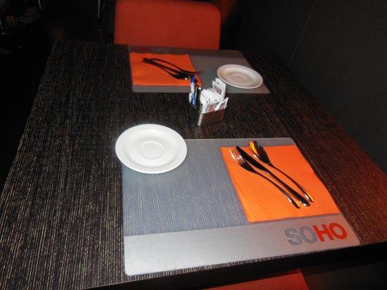 Soho Hotel: Mesa do café da manhã