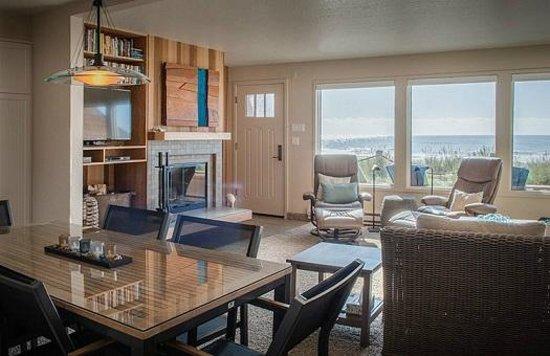 Breakers Beach Houses: Newest Remodel #4