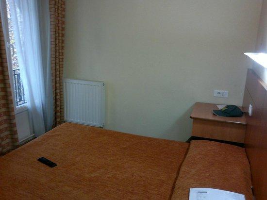 Hotel de l'Europe: Room view from entry door