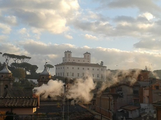 Trambus Open - 110 Open: rooftops of Rome before Christmas