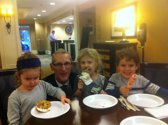 Homewood Suites by Hilton Albany : Special treats, special times!!! thank you Bob and all the staff!!!!