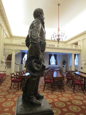 Virginia Capitol Building: Chambers