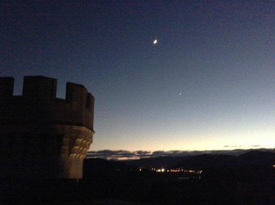Castillo de Arteaga: Terraza castillo contemplando el cielo