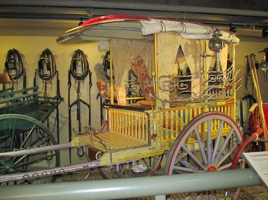 Penrose Heritage Museum : carriage & horse tackle