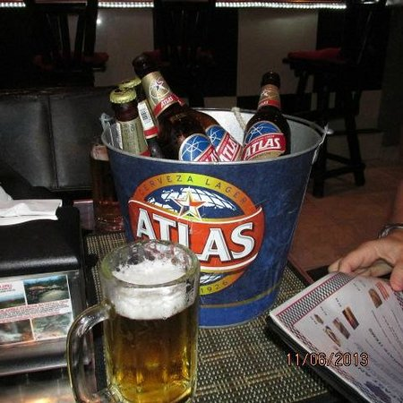Ty's Sports Grill: Cold one?