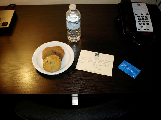Comfort Hotel Bayer's Lake: Welcome gift