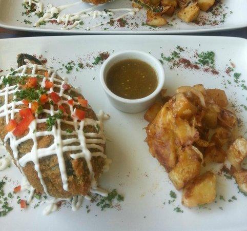 Cafe Mango Breakfast Chili Rellonos Yum Picture Of Mango Cafe Isla Isla Mujeres Tripadvisor