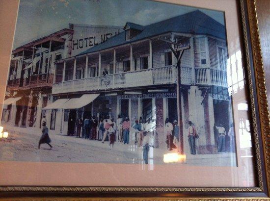 Hotel Melia Ponce: El negocio comenzo en 1895 en donde hoy queda un banco.