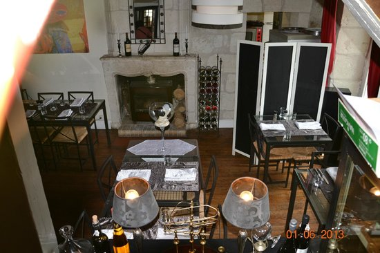 La Taverne: restaurant interrieur