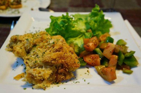 Lisbon Destination Hostel: Maria's 3 course dinner (main dish). 8€