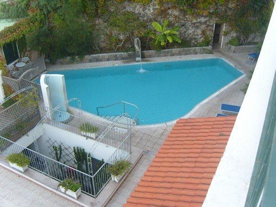 Hotel Bellevue Benessere e Relax : bella piscina