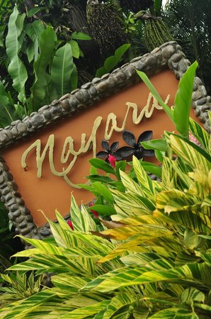 Nayara Hotel, Spa & Gardens: front sign