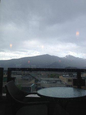 Earl's Restaurant: View - still gorgeous despite rain