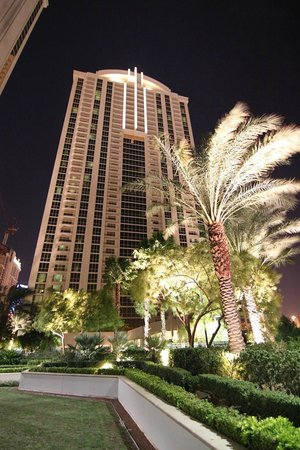 Signature at MGM Grand: Night view of tower
