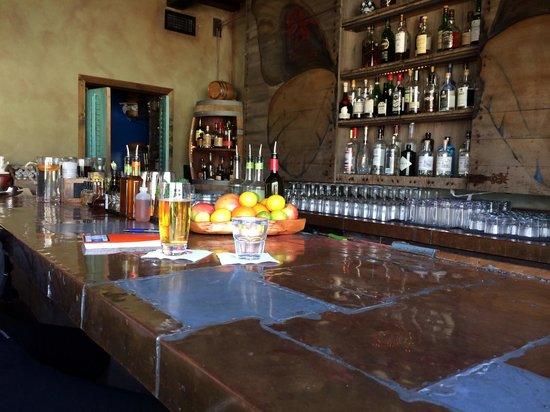 Petit Ermitage: Bar