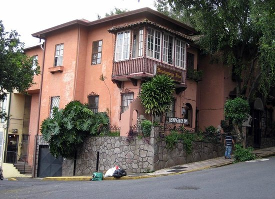 Hemingway Inn: Frente do hotel