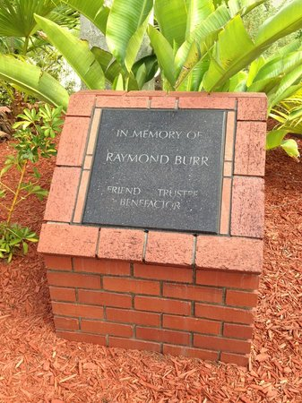 The Bailey-Matthews National Shell Museum: Plaque for Raymond Burr