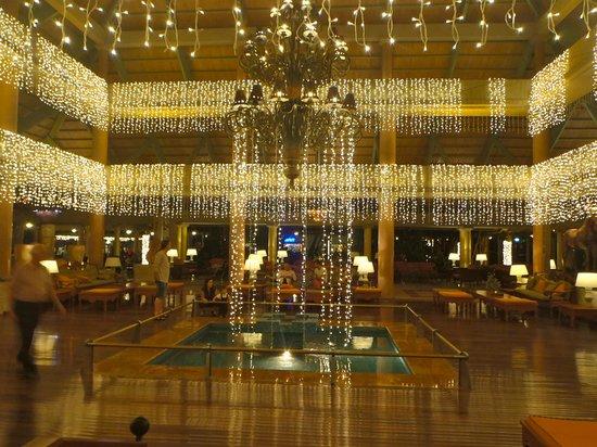 Iberostar Bavaro Suites : Xmas in the lobby