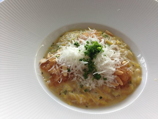 The Sugar Club Auckland : Crab pasta dish which everyone should try!