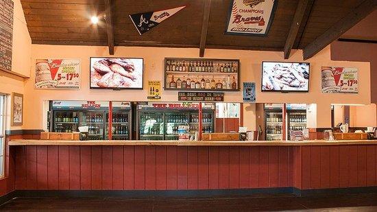 Bullpen Rib House: Our bar - order from here