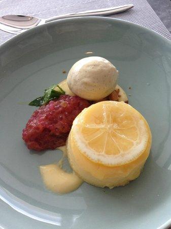 The Sugar Club Auckland : Lemon dessert