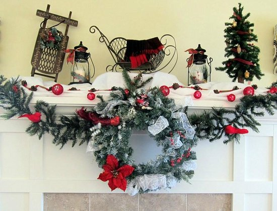 The Crossings Bed & Breakfast: Holiday Decor on the Fireplace
